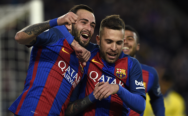 Barcelona presiona al Real Madrid al vencer 3-0 al Athletic Club