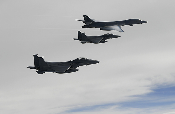 EU confirma despliegue de bombarderos B-1B sobre Corea del Norte