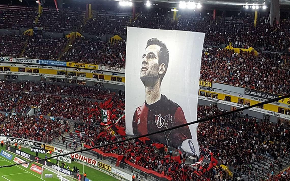 Homenajean a Rafa Márquez en su último partido en el Jalisco