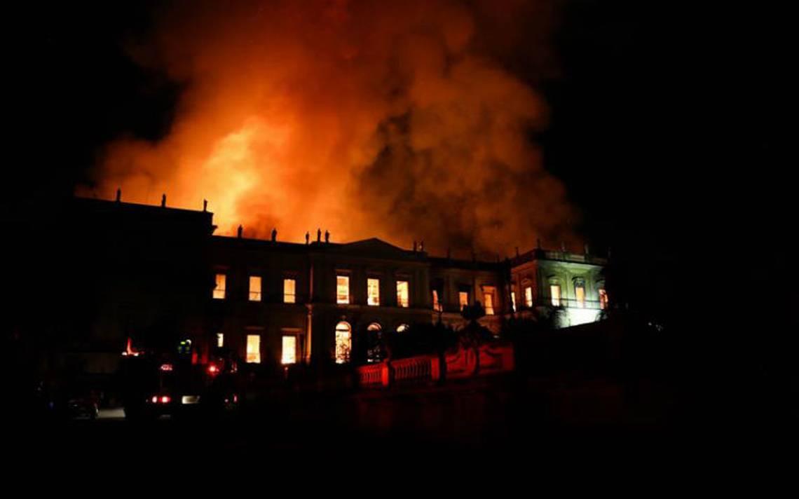 Por estos motivos ardió el Museo Nacional de Río de Janeiro