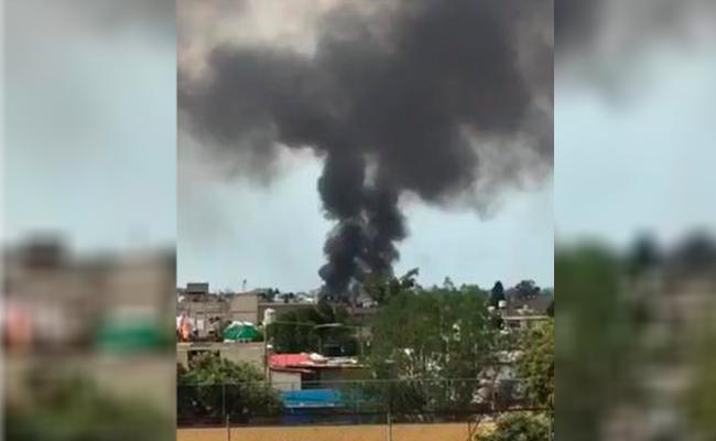 Se incendia bodega en Coapa; bomberos controlan el siniestro
