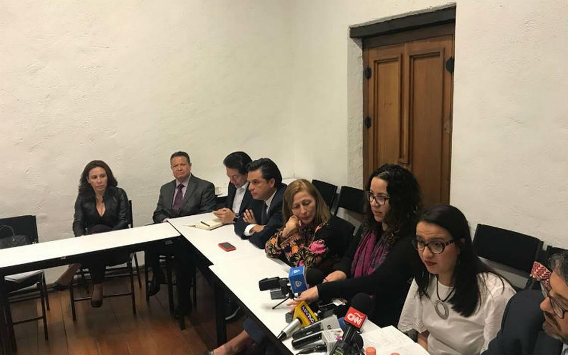 Equipo de AMLO y ONGs analizan reforma al artículo 102 para una #FiscalíaQueSirva