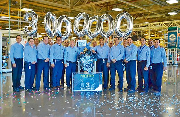 Celebra Fiat Chrysler la fabricación de 3 millones de motores en Saltillo, Coahuila