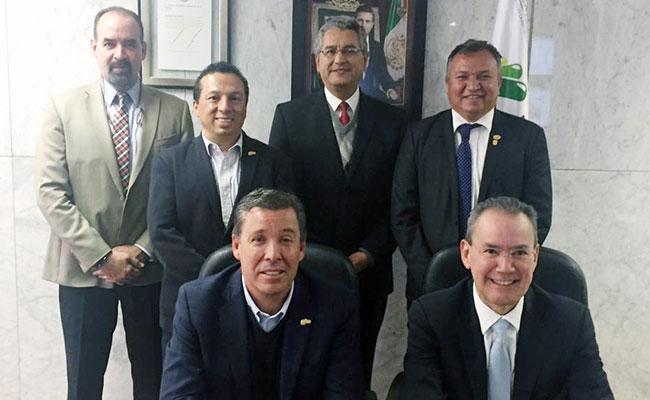 Dan seguimiento en Guanajuato al programa Escuelas al Cien