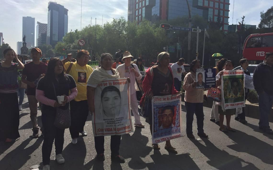 No hay nada que festejar el 10 de mayo: protestan madres de desaparecidos