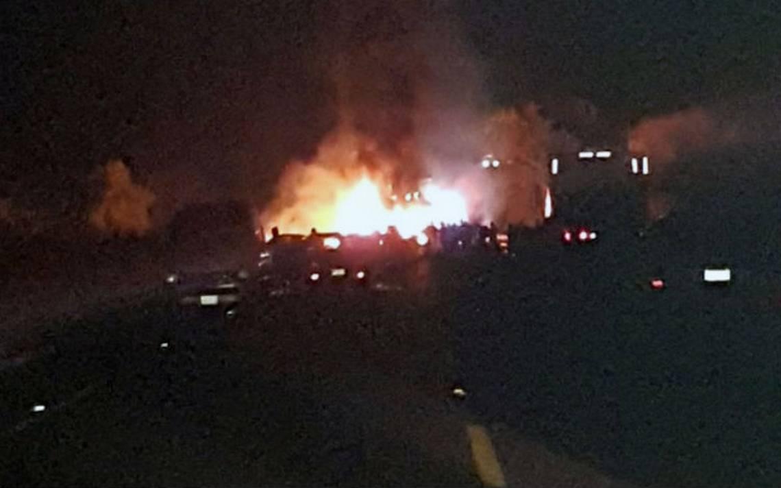 Accidente en la autopista Siglo XXI deja siete muertos