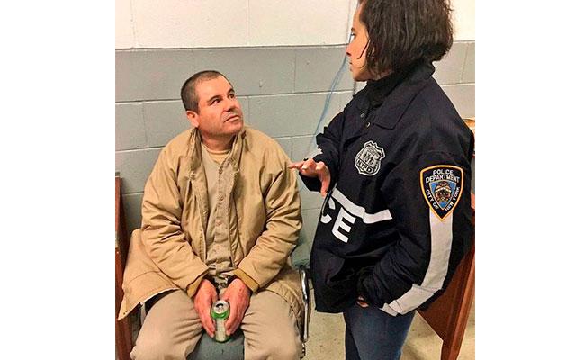 Ascienden a la policía que fue intérprete de El Chapo