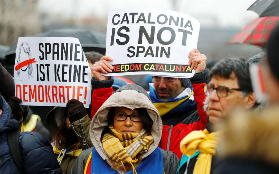 Cientos de personas piden en Berlín la liberación de Puigdemont
