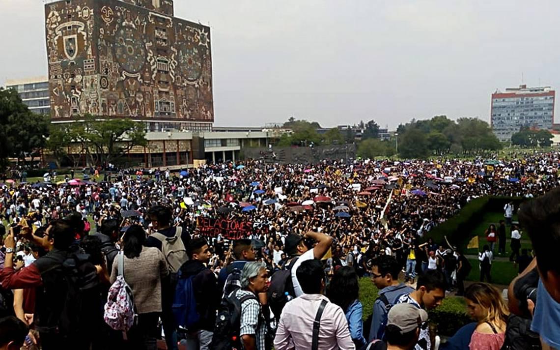 Damnificados de Multifamiliar Tlalpan externan apoyo a estudiantes de UNAM