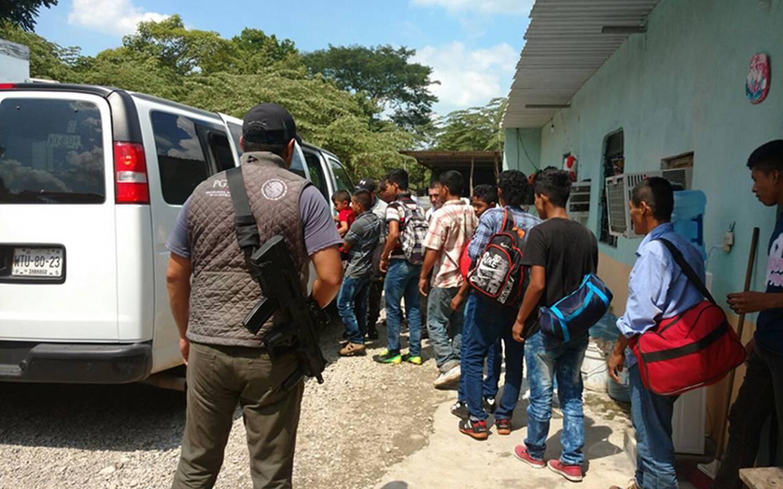 Rescatan a 133 migrantes en Tabasco