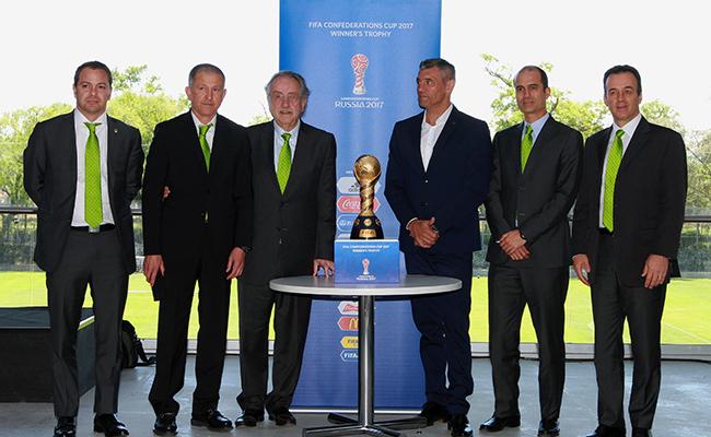 Casa de la FMF recibió la Copa FIFA Confederaciones