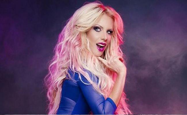 Censuran polémica portada del disco de Lorena Herrera