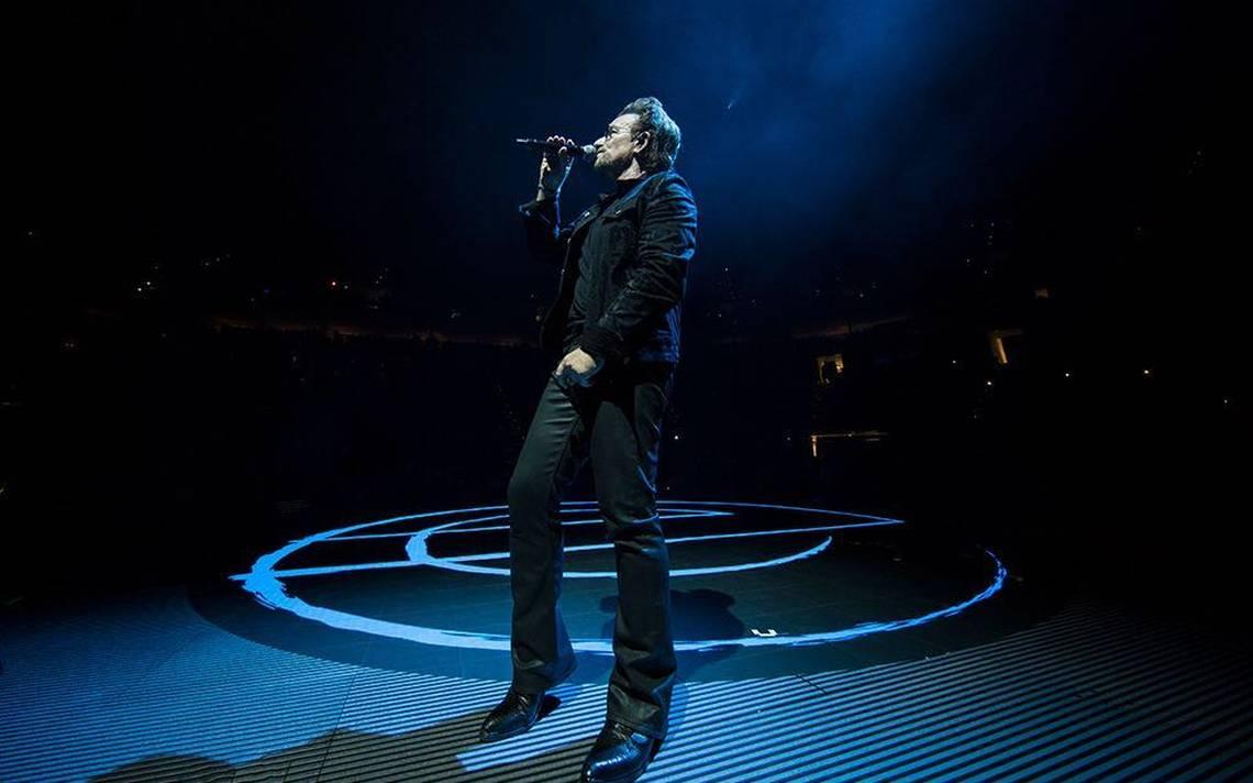 """Bono de U2 """"pierde"""" la voz y cancela concierto en Berlin"""
