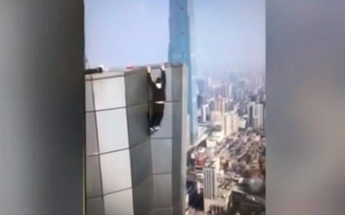 [Video] Youtuber graba su muerte: intentaba tomarse selfie en un rascacielos