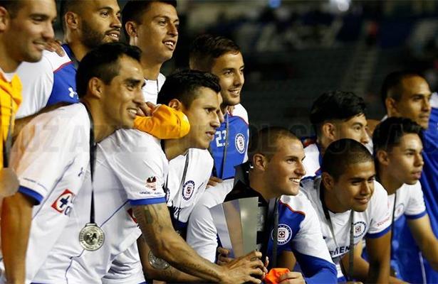 ¡Cruz Azul rompe mala racha! Vence al Porto en la Supercopa