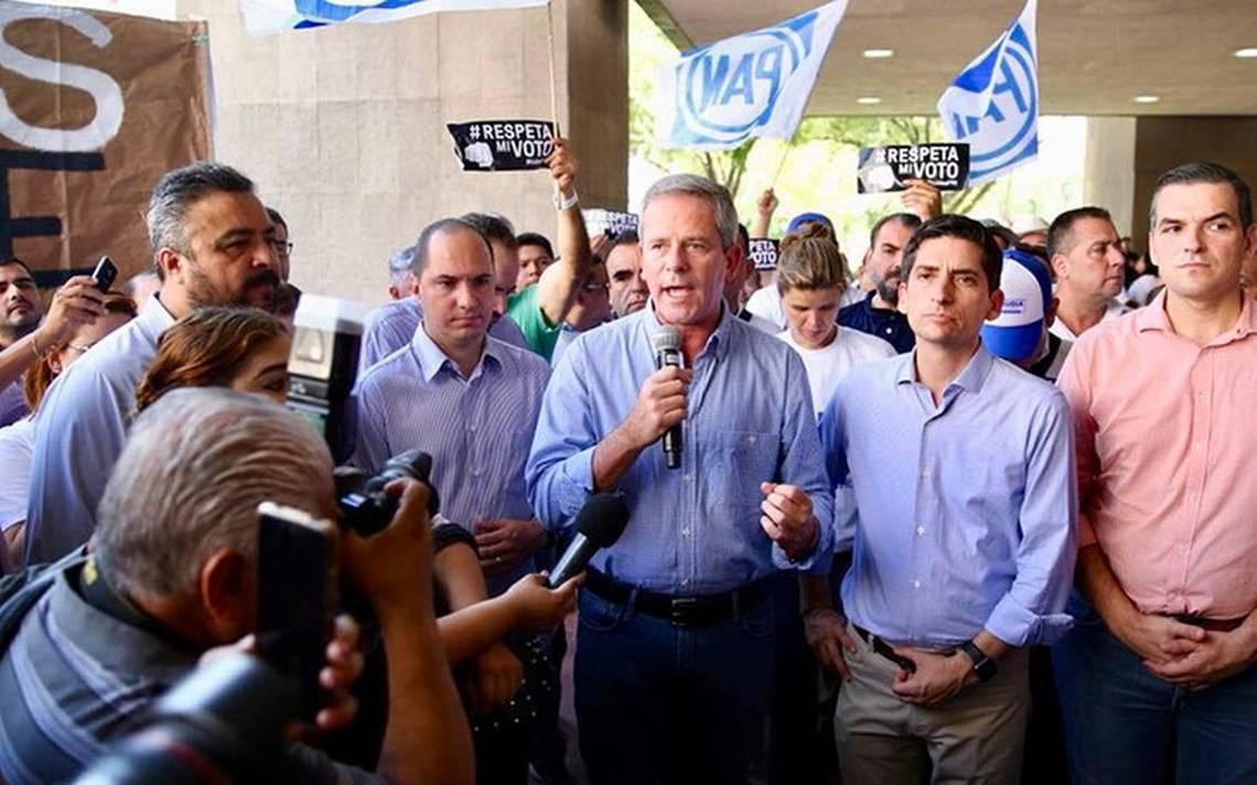 Recuento de votos confirmará decisión de poblanos, afirma líder del PAN