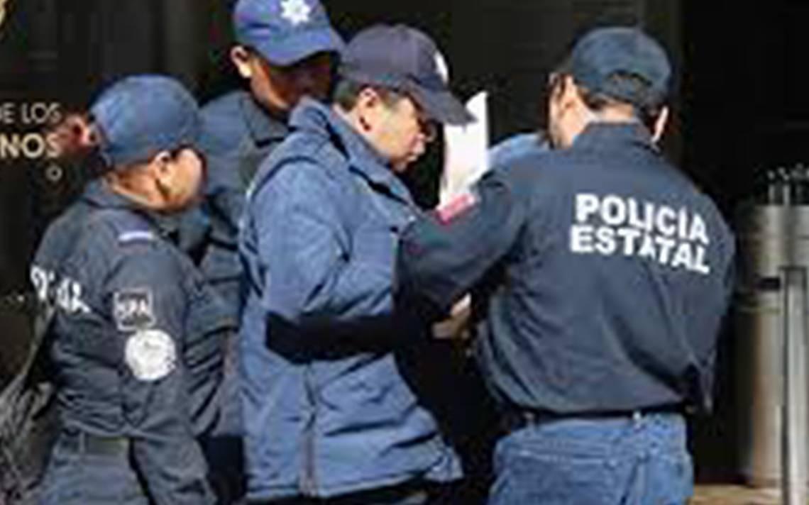 Detienen a subdirector policA�aco de Loreto, Zacatecas; es acusado de secuestro