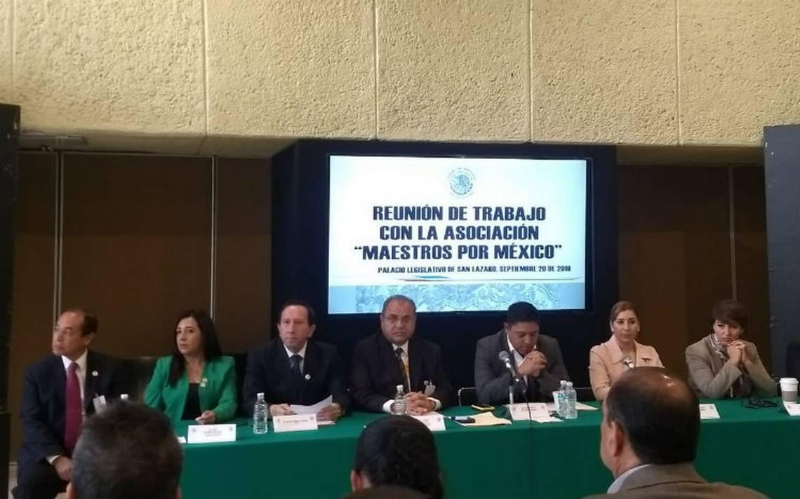 PRD y PVEM respaldan a aliados de Elba Esther en derogar reforma educativa