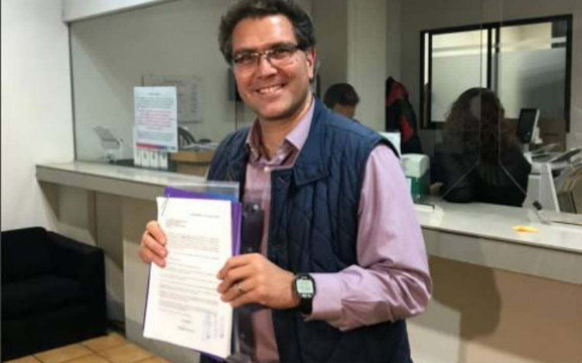 Se registra Ríos Piter como candidato independiente