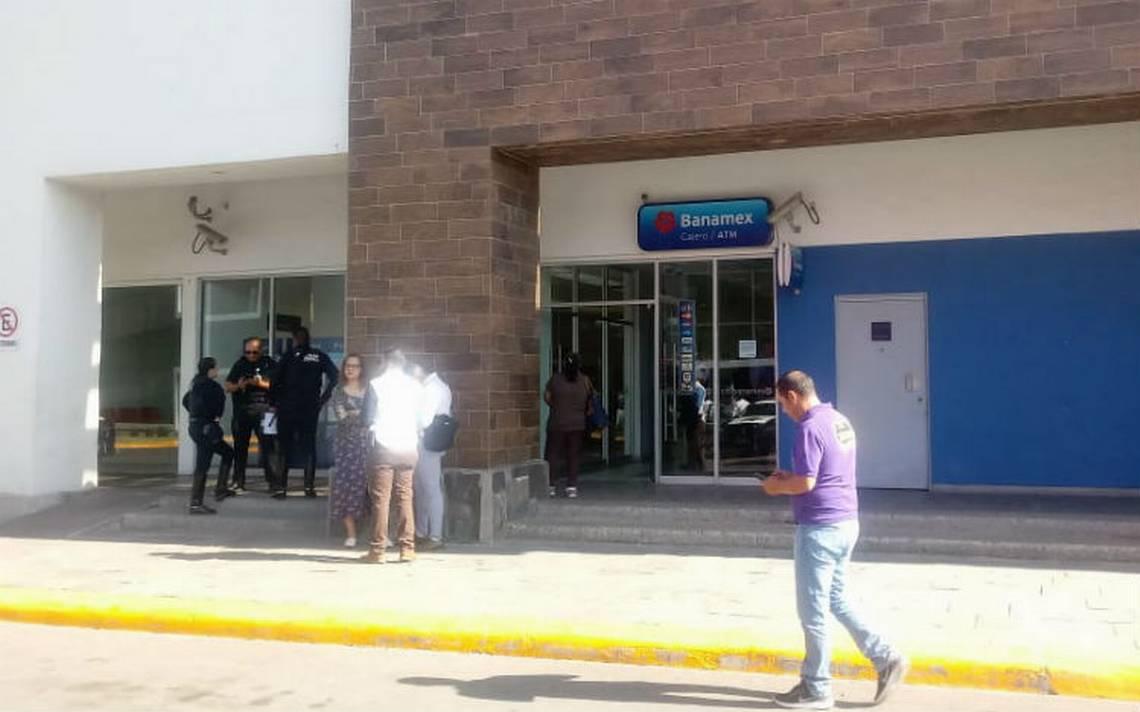 Asalto en solitario: hombre hurta botín de Banamex en Aguascalientes