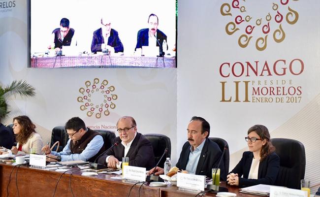 Graco Ramírez urge construir acuerdo a favor de la gobernabilidad