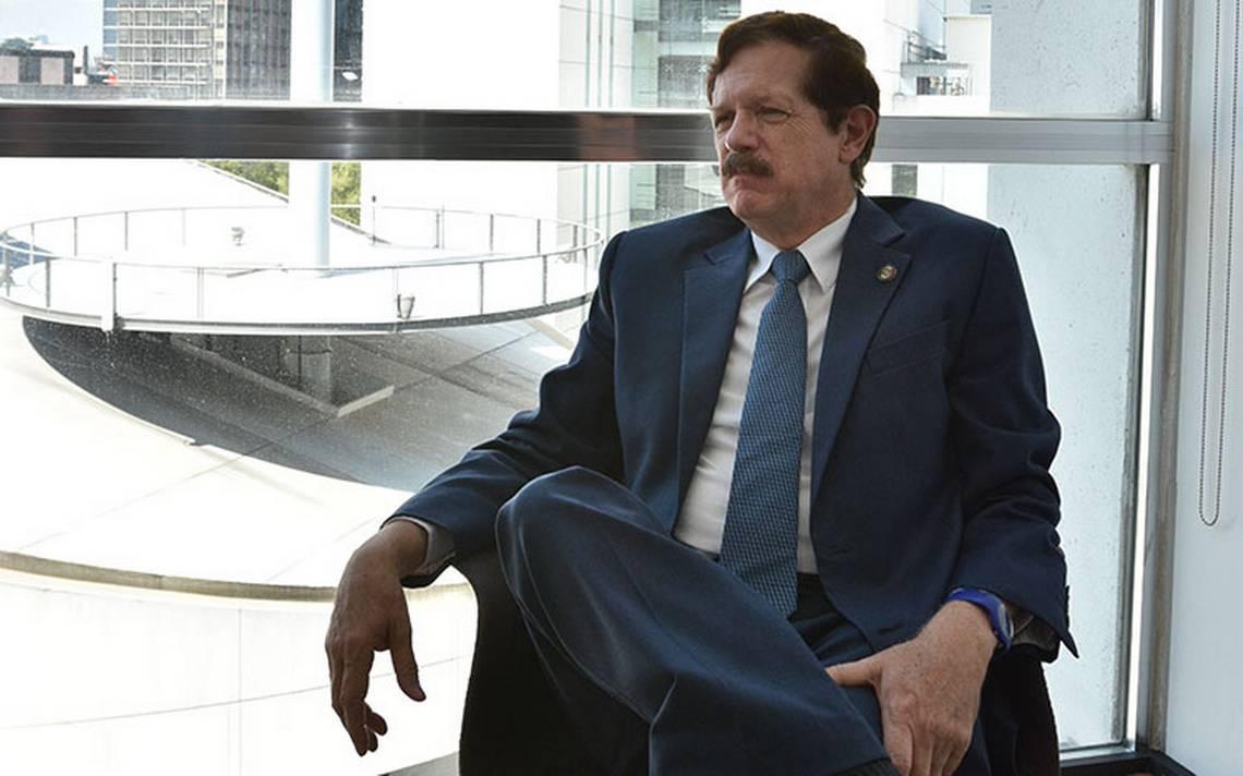 """""""Dirigente debe ser de Guanajuato"""", denuncia el senador Juan Carlos Romero Hicks"""