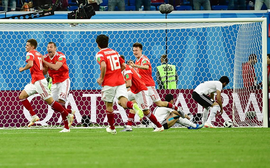 Rusia acaricia los octavos de final del Mundial