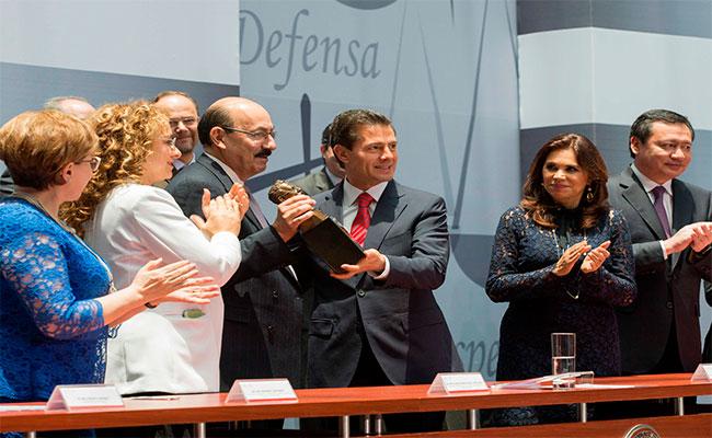 """Así se vivió en el patio de Palacio Nacional el """"Día del abogado"""""""