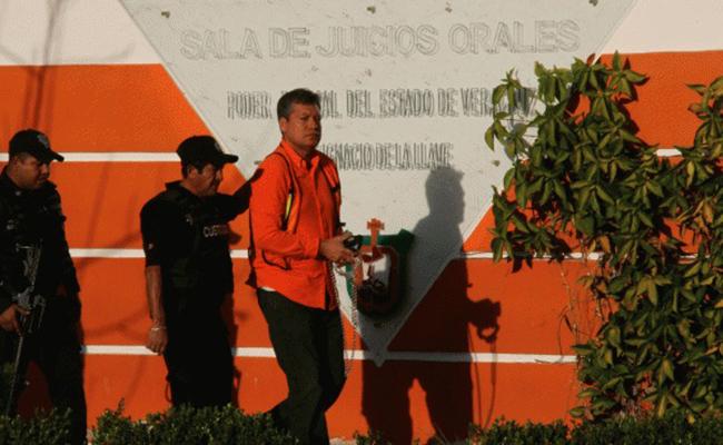 Vinculan a proceso legal a Leonel Bustos en Veracruz