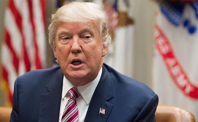 Trump no impedirá testimonio de exdirector del FBI ante Senado