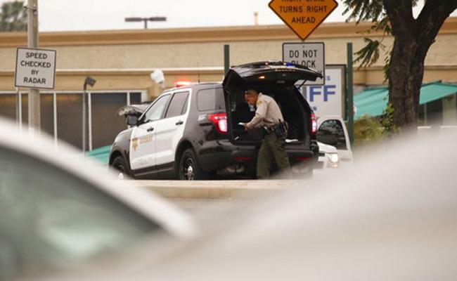 Hombre dispara en comisaria de Los Ángeles y luego se suicida