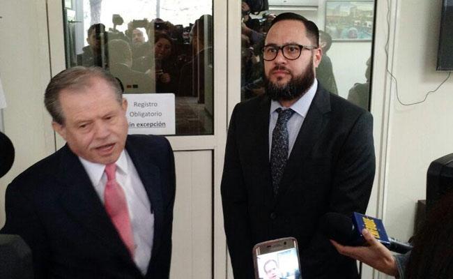 Comparece el papá de Rodrigo Medina por segunda vez