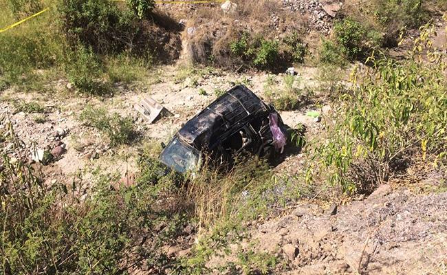 Un muerto y 8 heridos deja volcadura en Oaxaca