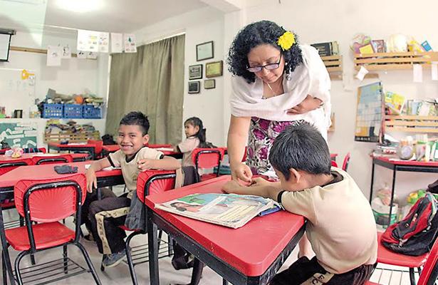 Más de un millón de estudiantes regresarán a las aulas en Michoacán