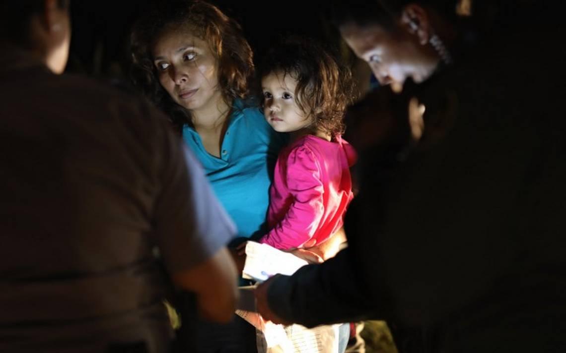 Son 2,342 los niños separados de familiares en la frontera: DHS