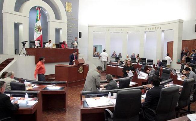 """Graban a diputado panista de SLP """"sobornando"""" a alcalde"""