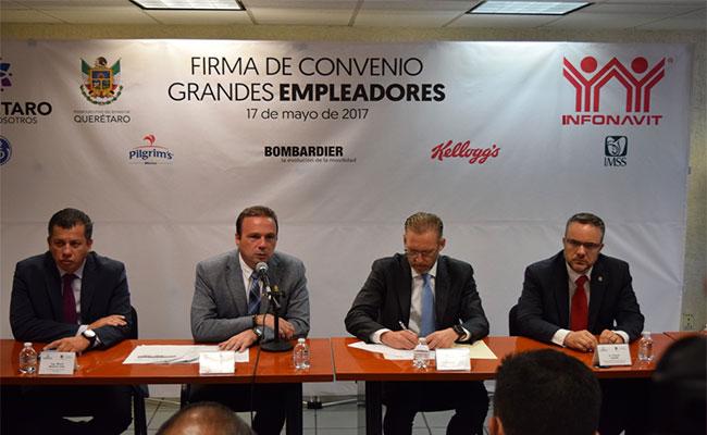 Acercan créditos hipotecarios a trabajadores en Querétaro