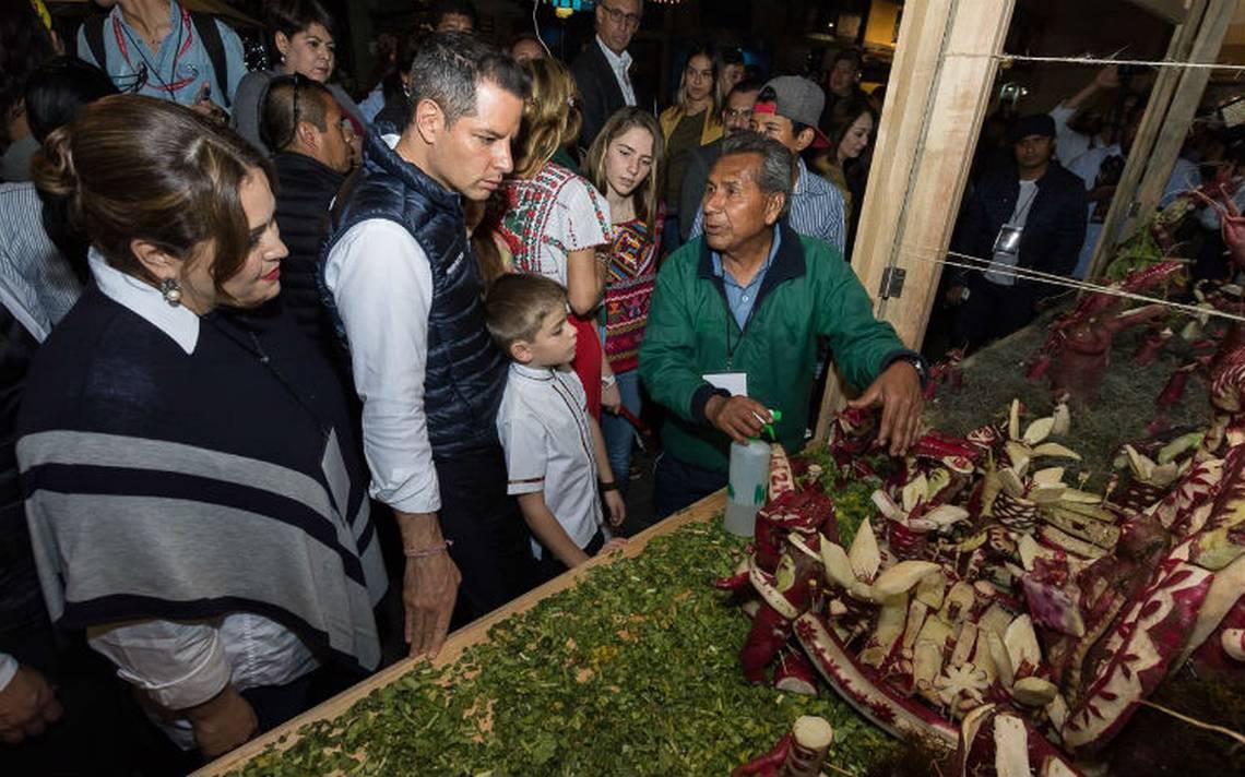 Cautiva 120 edición de la tradicional Noche de Rábanos