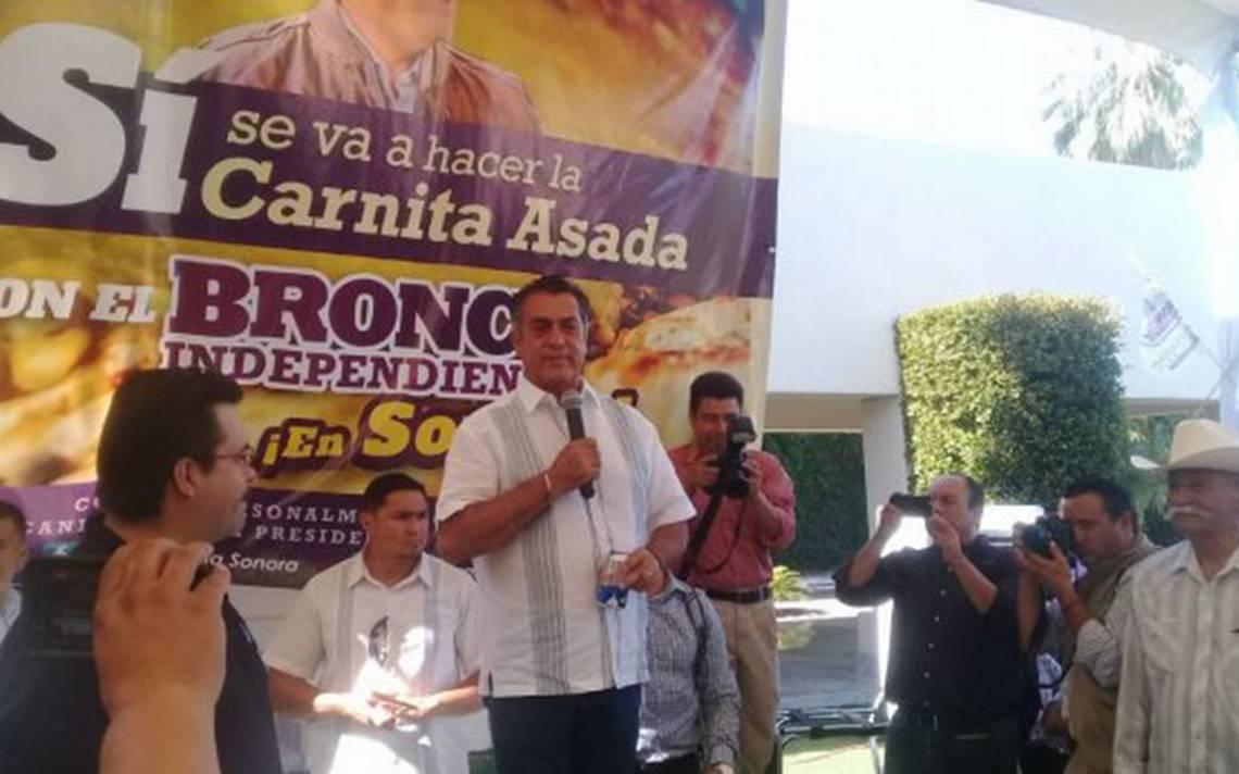 """Hasta con chelas: así va la carnita asada que El Broncó """"armó"""" en Sonora"""