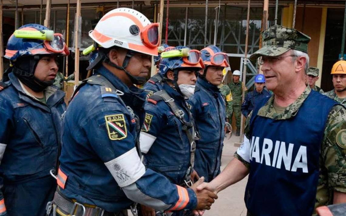 No nos detendremos en el rescate de personas atrapadas tras sismo: Vidal Soberón
