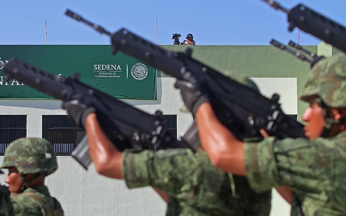 Cienfuegos reconoce lealtad y fortaleza del personal de Arma de InfanterA�a