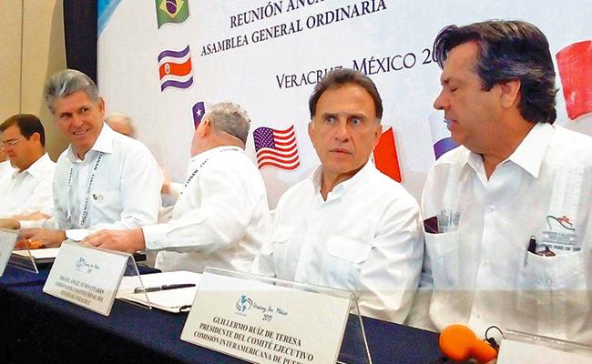 Rechaza gobernador de Veracruz existencia de más fosas clandestinas