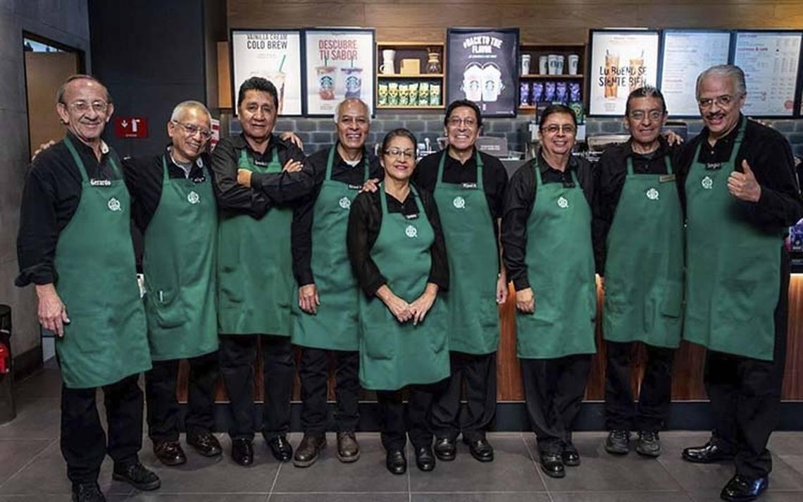 Abuelitos quedan a cargo de Starbucks