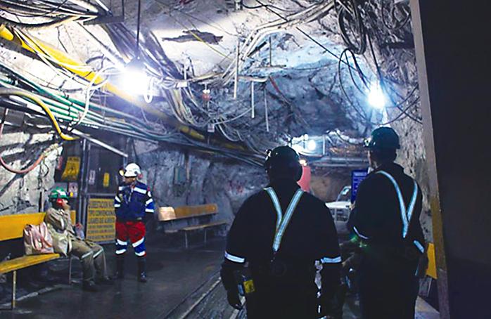 Se ampara sindicato minero de Zacatecas