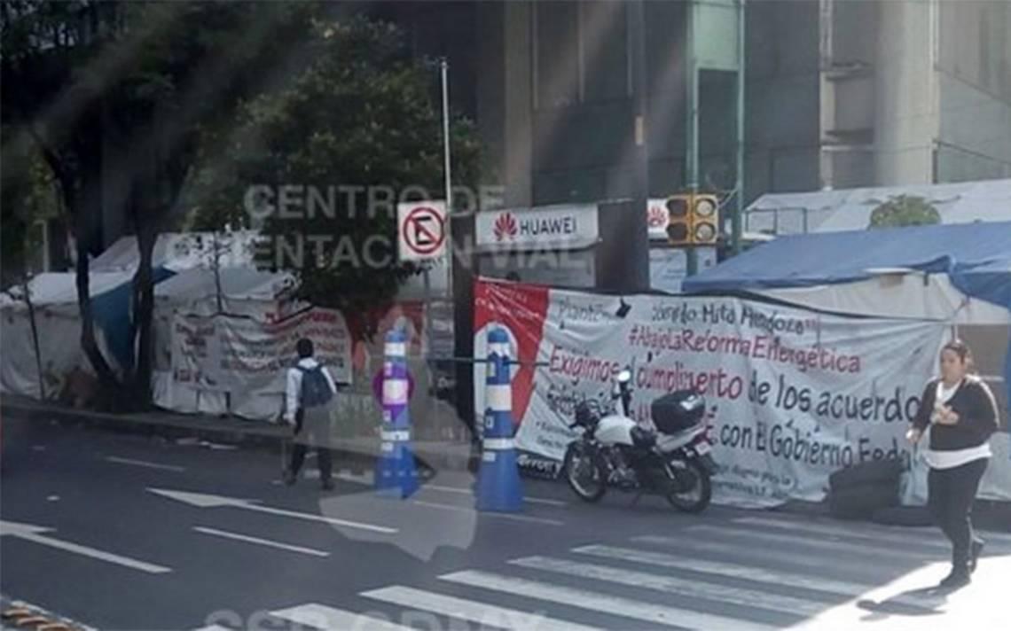 Manifestantes afectan circulación en Av. Insurgentes a la altura de Eje 5