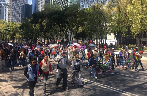 Padres de los 43 se manifiestan a 28 meses del caso Ayotzinapa