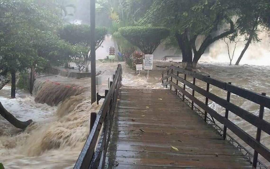 Se inunda la Huasteca Potosina