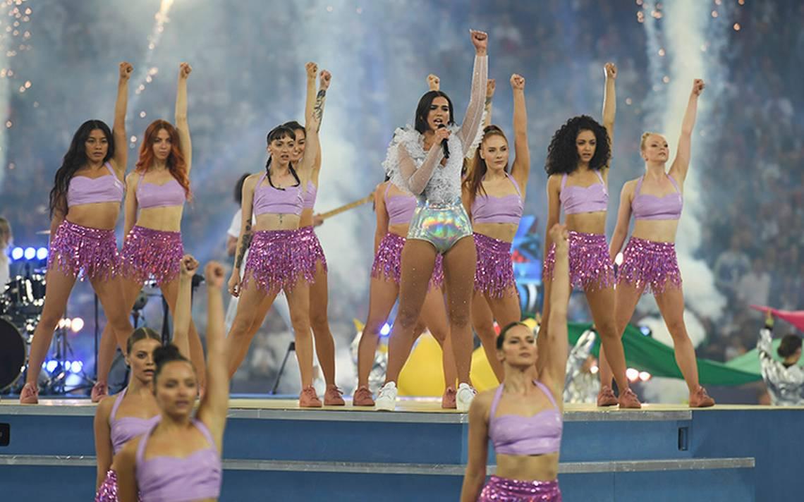 Color y mucho fuego: así fue el show de Dua Lipa en la final de Champions