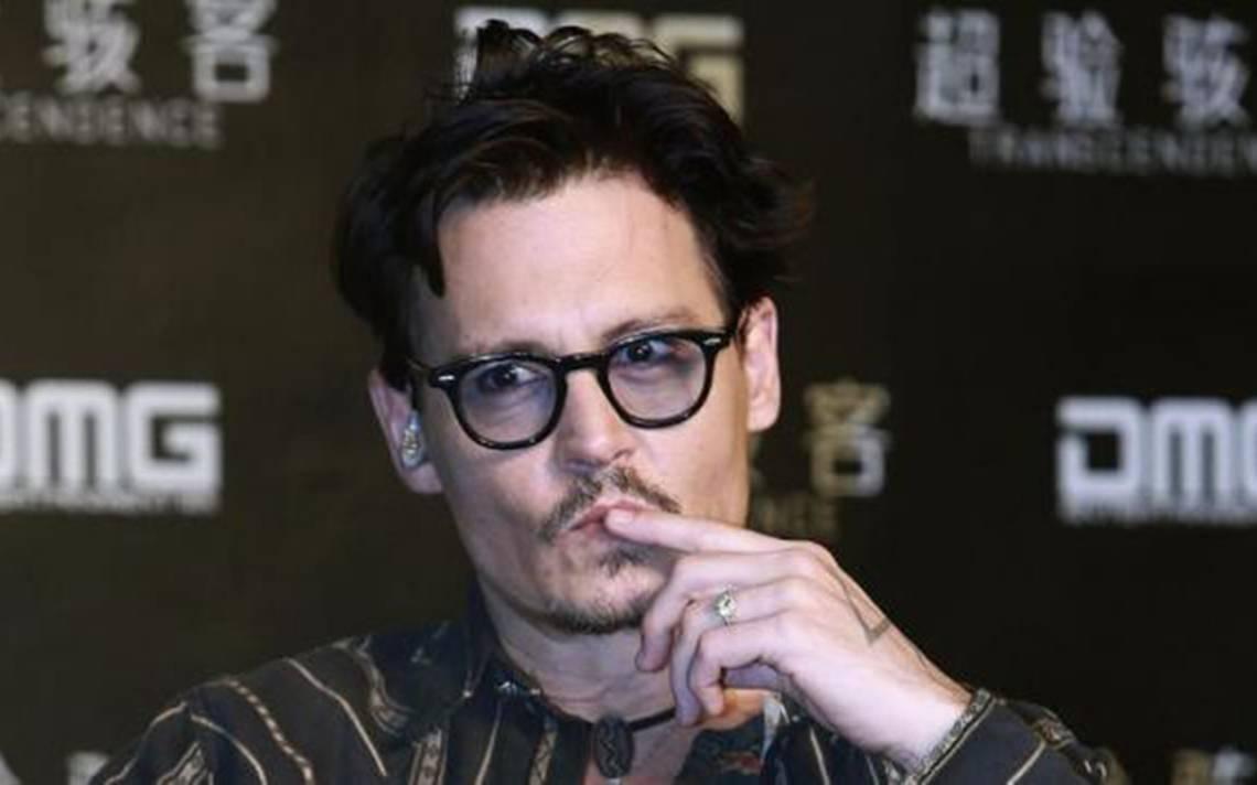Demandan a Johnny Depp por golpear al jefe de locaciones en rodaje de película