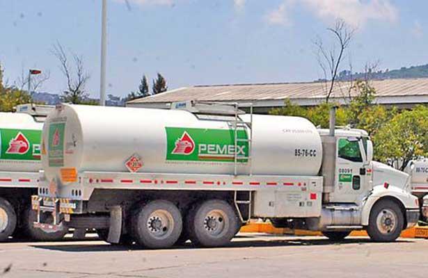 Petróleos Mexicanos realizará compras por 75 mil millones de pesos este año